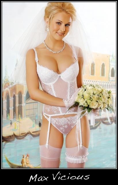 Erotic lingerie babes