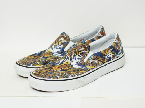 VANS X KENZO FLYING TIGER SLIP-ON SNEAKERS SHOES SIZE MENS US 8.5/WOMENS US  10.5