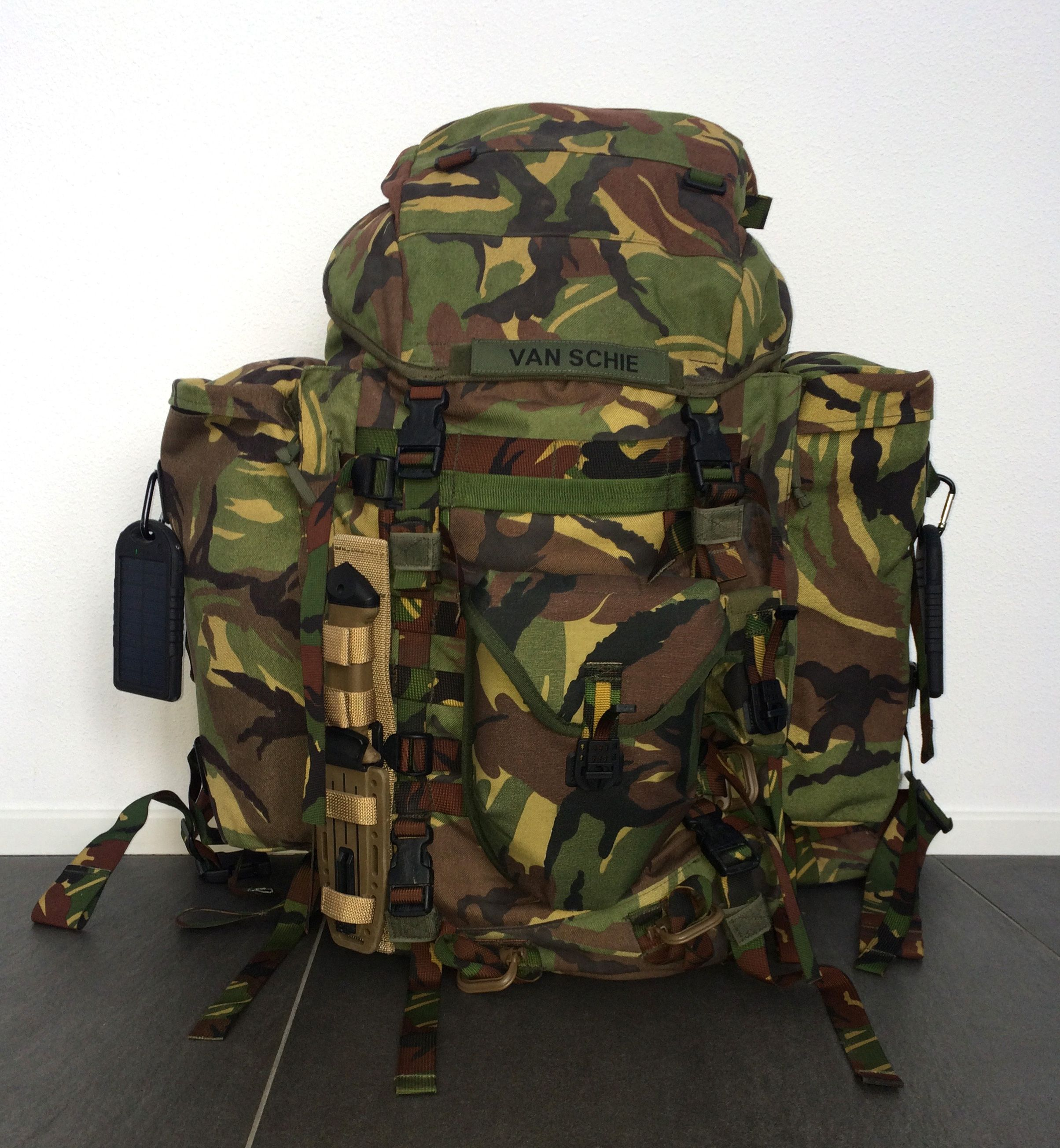 My 80 liter Lowe Alpine Sting (Dutch army issue) backpack in