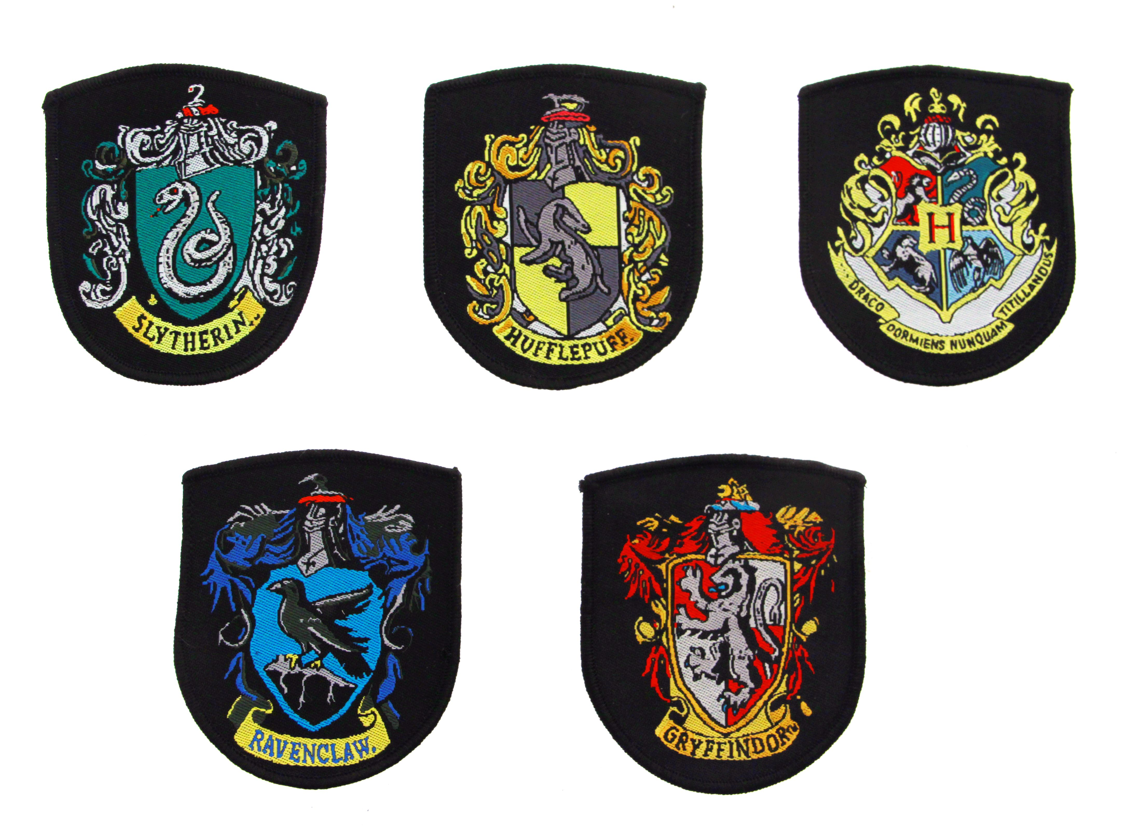 Set de 5 ecussons blasons harry potter pack of 5 harry - Blason serdaigle ...