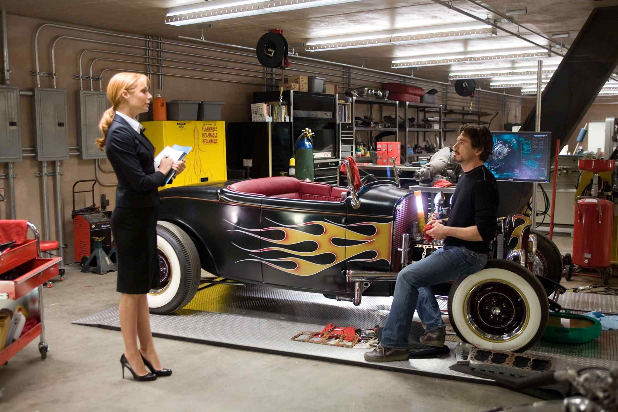 1000 images about creative studio on pinterest iron man garage and workshop bedroom upstairs tony stark