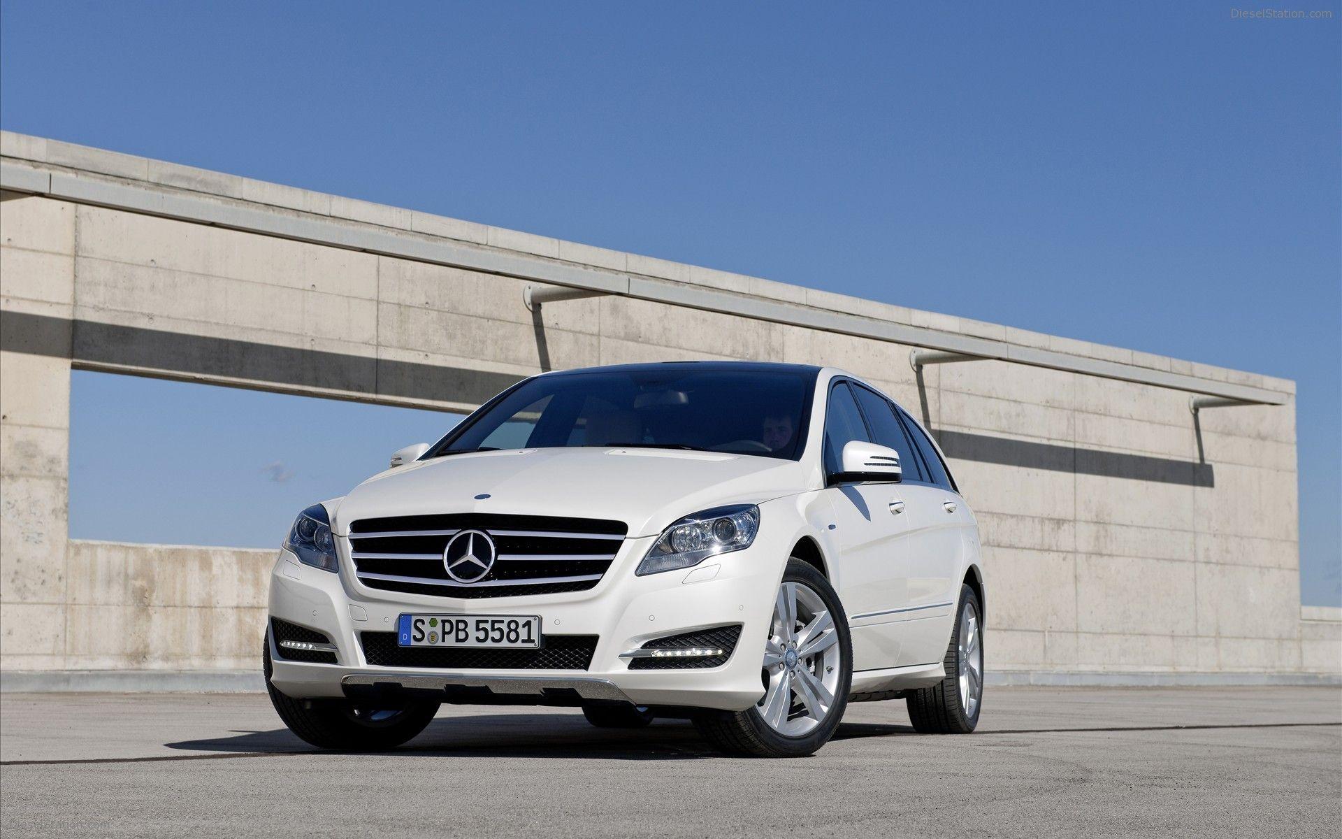 MercedesBenz RClass [Fuel consumption combined 13,47,6