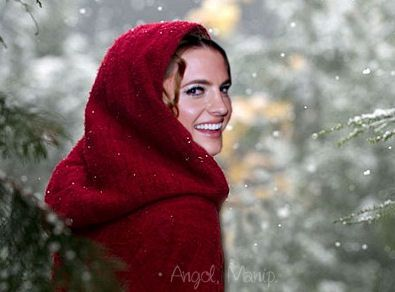 Stana Katic in Little Red Cup by LaAngol on DeviantArt