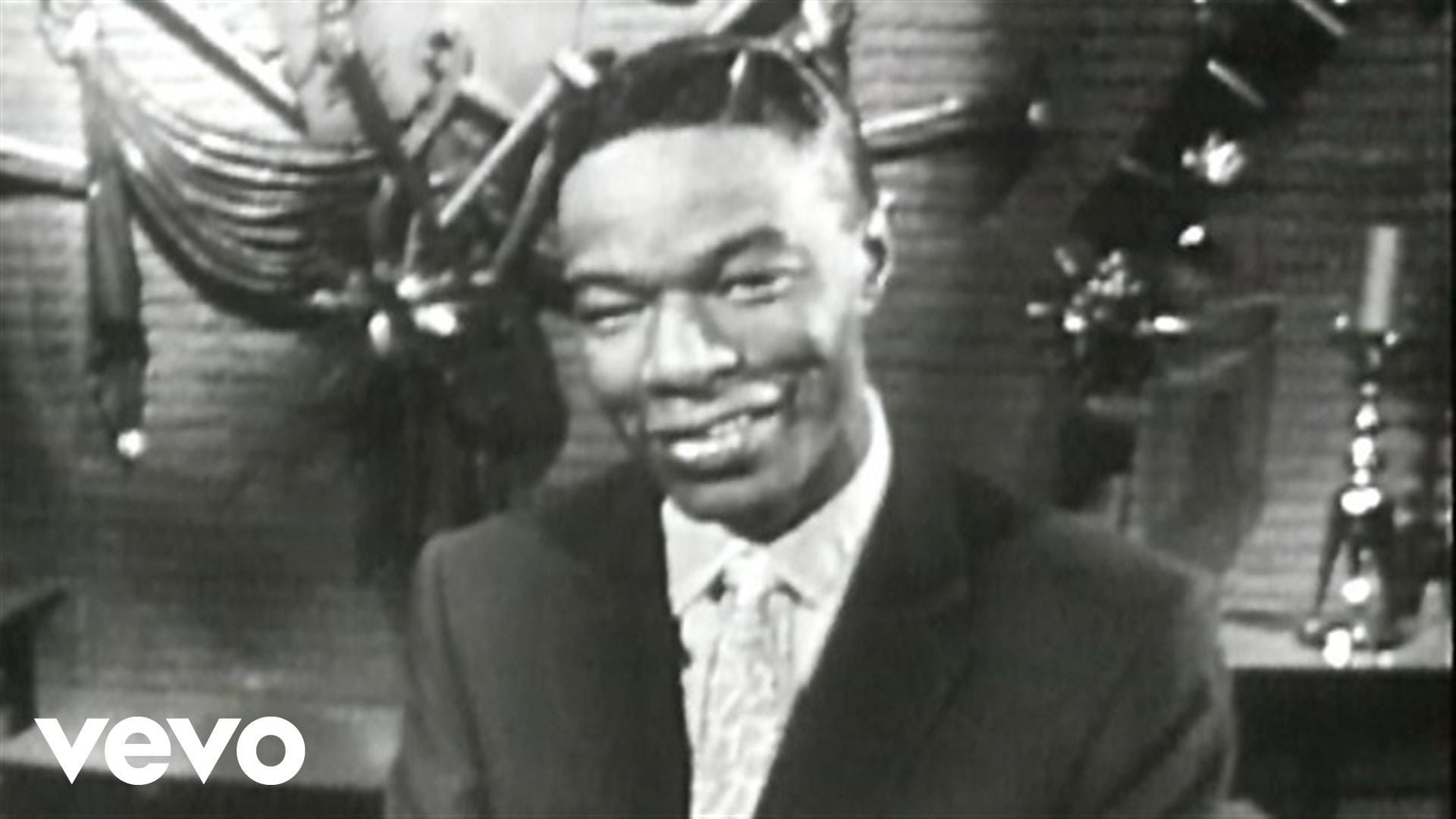 Nat King Cole - The Christmas Song (Chestnuts Roasting On An Open ...