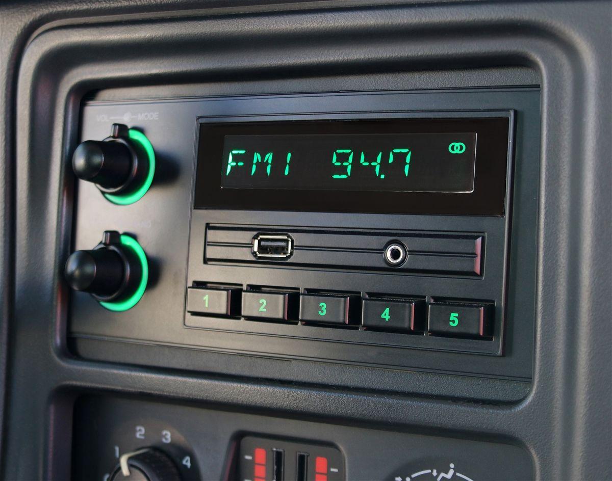 RetroSound Radios | RetroSound | Classic cars, Classic, Vehicles