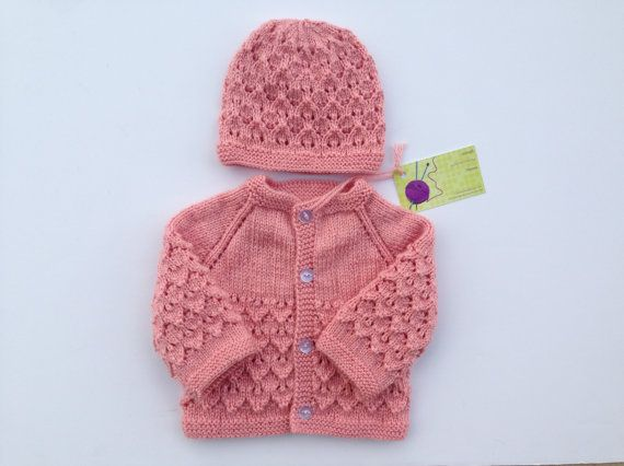 7194ecea9 Hand knitted baby sweater cardigan and hat set 0-3 by olinnell