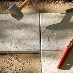 Carrelage extérieur : pose sur lit de sable en 2020 | Pose carrelage exterieur, Carrelage ...