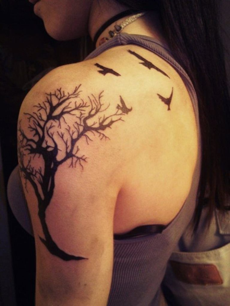 Tree Of Life Tattoos Tattoofan Tatoeage Ideeen Tatoeage Schouder Tatoeage