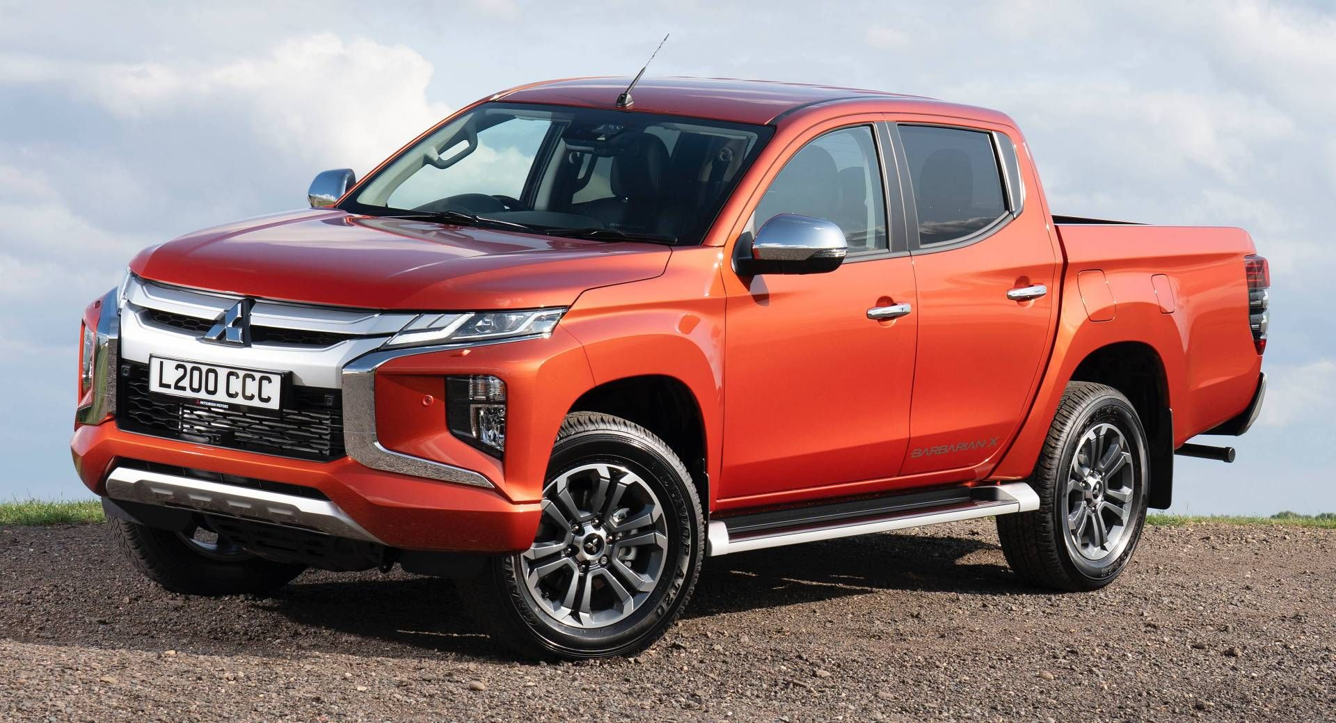 2020 Mitsubishi L200 Arrives In The Uk With 21 515 Base Price Diesel Galleries Mitsubishi Mitsubishil200 Mitsub Mitsubishi Truck Mitsubishi Pickup Trucks