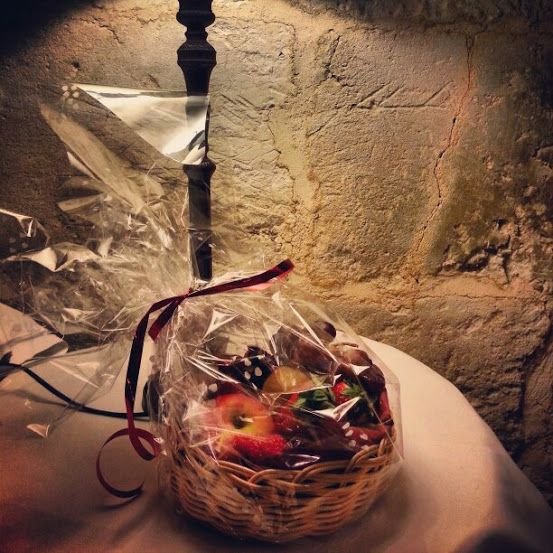 Cesta de frutas Castillo del Buen Amor