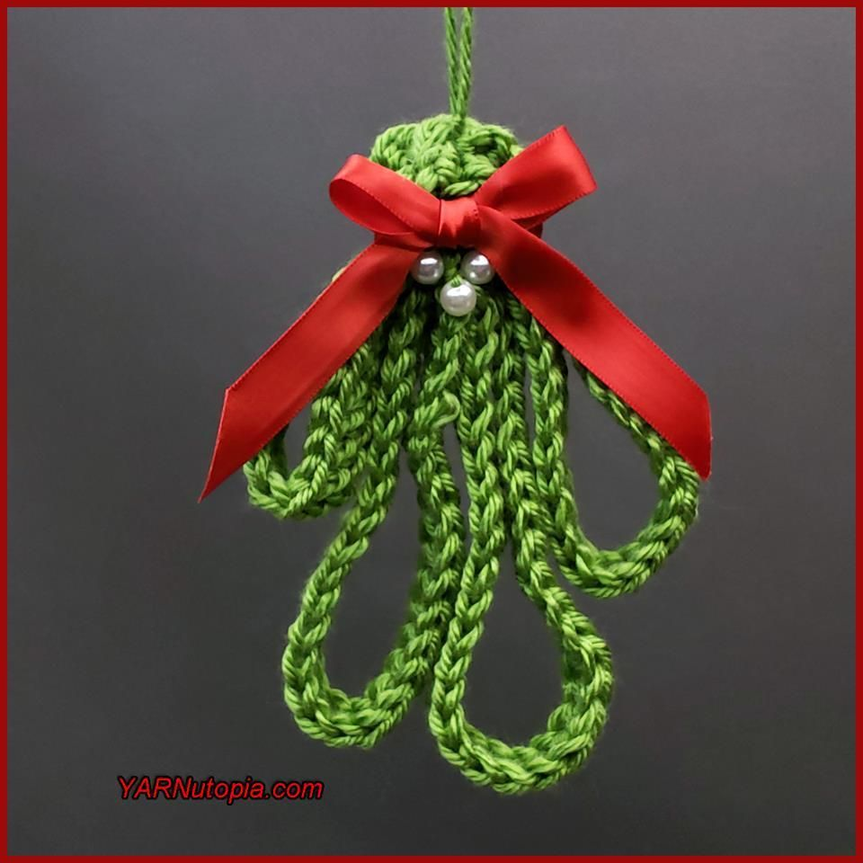 12 Days of Christmas: Mistletoe Sprig #hækletjul