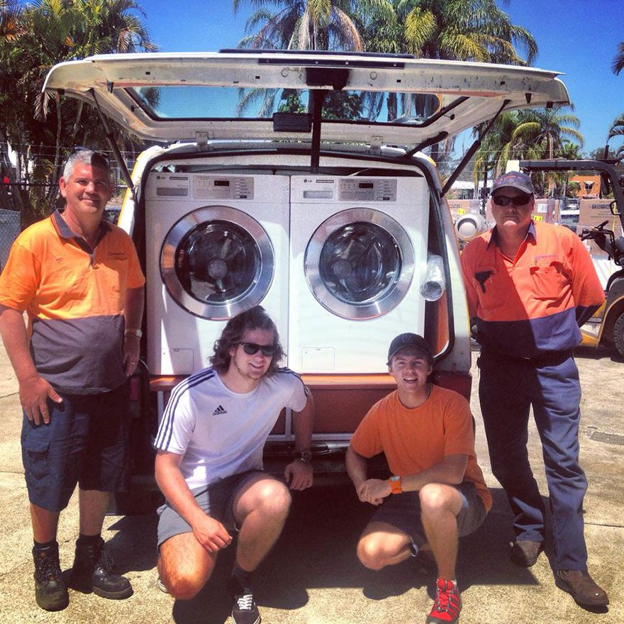 Free Laundry For The Homeless Using Mobile Laundromat With Images