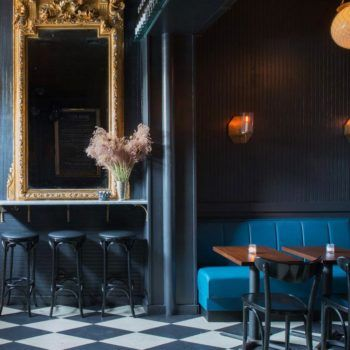 Little King Bar Best Interior Design