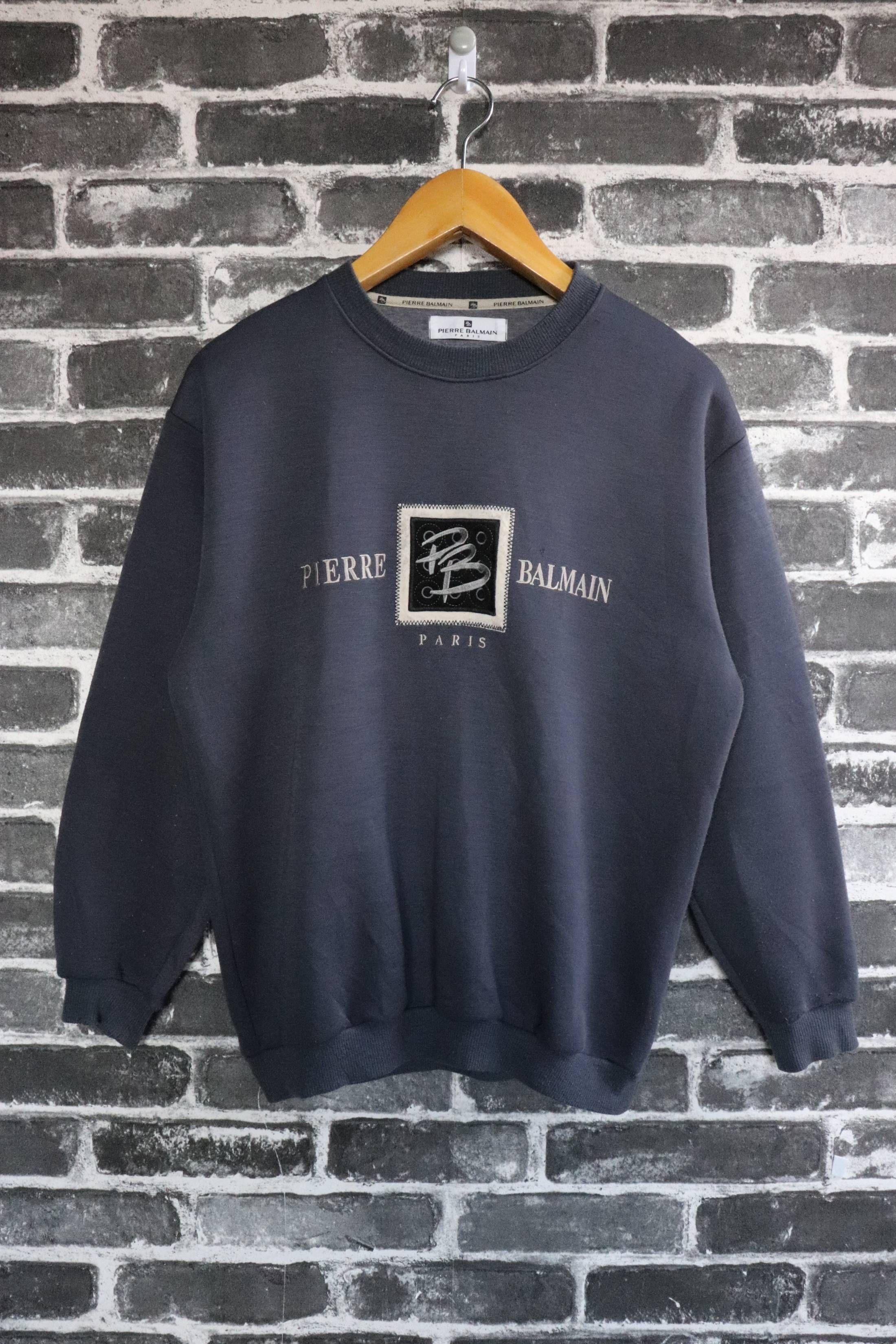 6223d5e4ac Pierre Balmain Pierre Balmain PARIS Vintage Sweatshirts Crew neck pullover  Authentic Runway Dark Big Box Logo Embroidery Street wear/fashion wear Size  M ...
