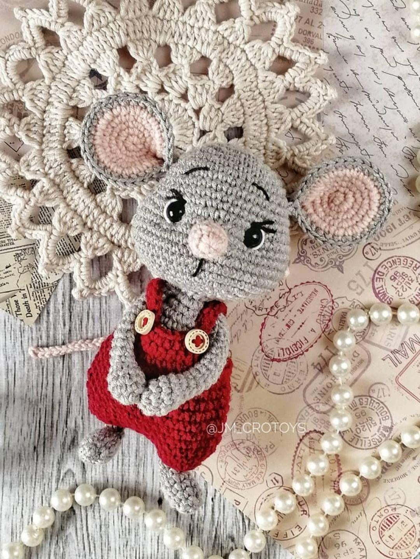 FREE amigurumi mouse pattern