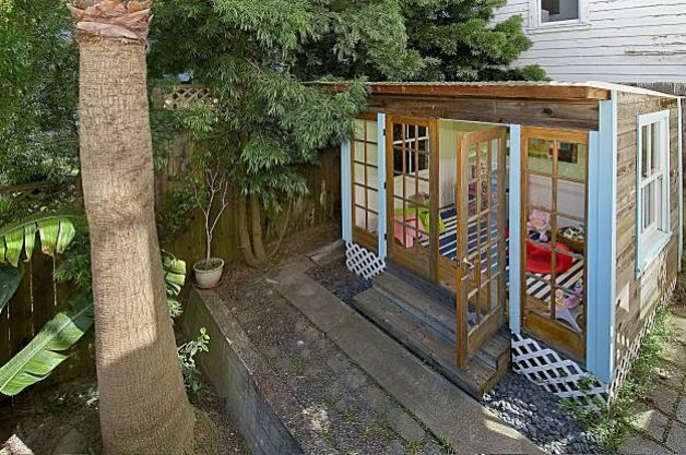 Noe Valley with detached art studio Yoga retreat Playhouses and