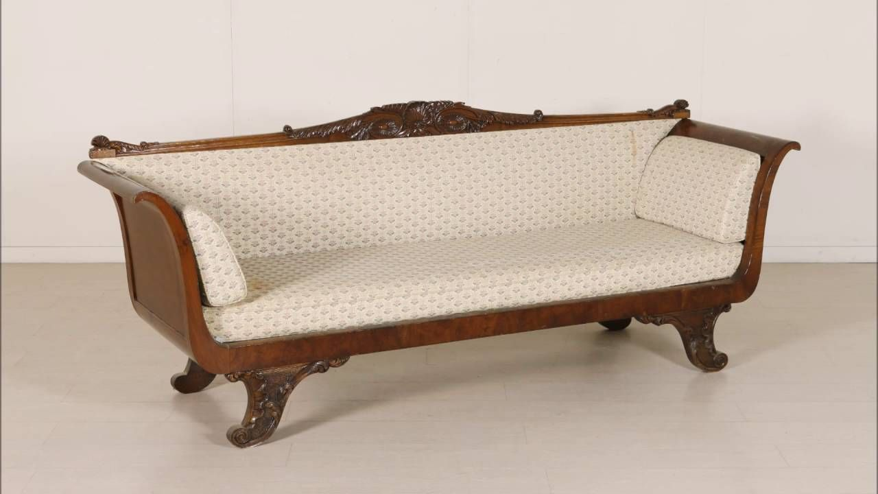 Alcuni dei divani di antiquariato del 700, 800 e 900 disponibili nel ...