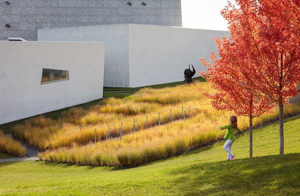 2018 Asla General Design Award Of Honor Walker Art Center Wurtele Upper Garden Walker Art Walker Art Center Minneapolis Sculpture Garden