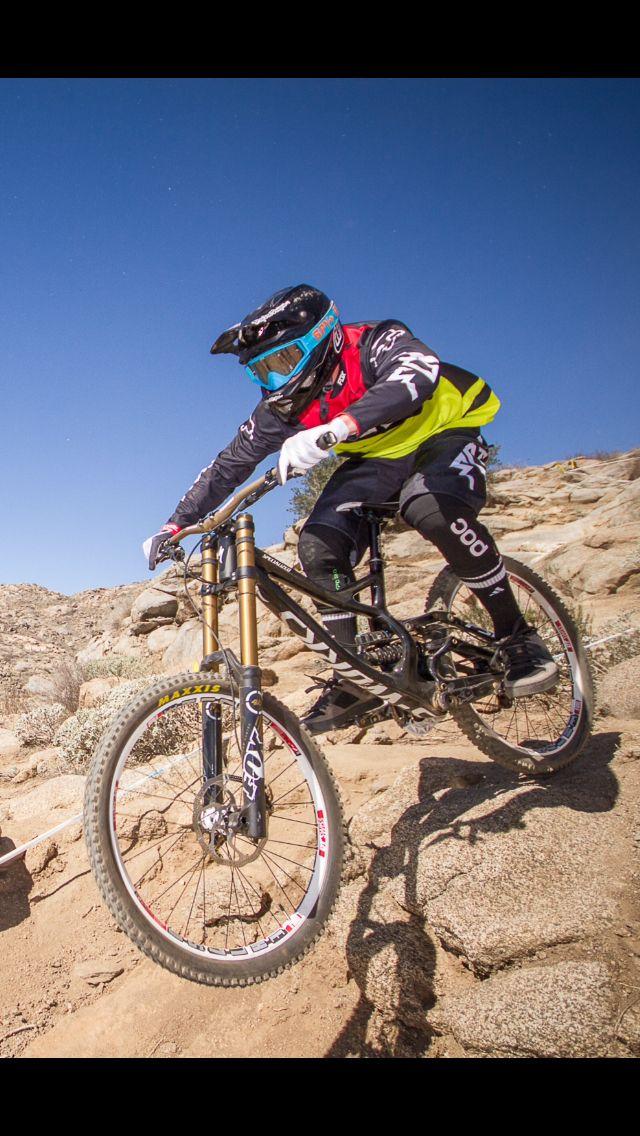 178a88823da DH Bike Downhill Mountain Bike Specialized Demo Carbon Fox Racing ...