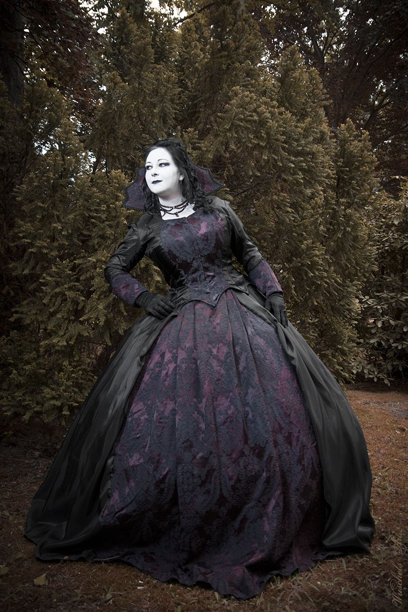 Classical gothic Dress Photo by: Wuschels-Art | Oh My Goth ...