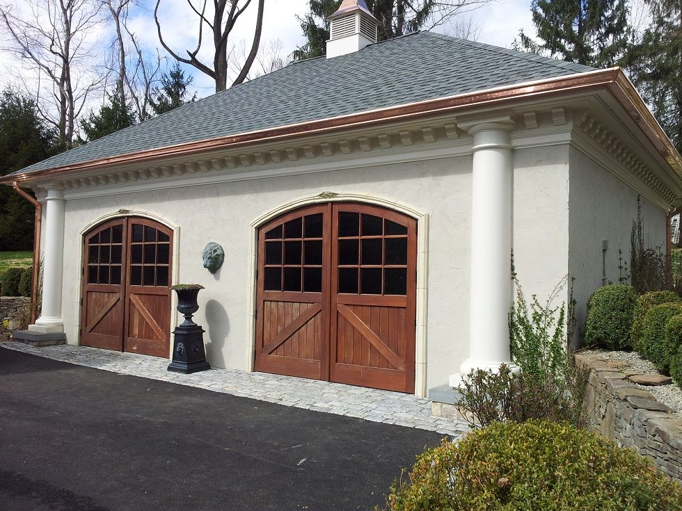 You Can Easily Come Out Of The Confusion If You Cannot Decide Between Copper Vs Aluminum Gutters Take Ideas From Sunshine Copper Gutters Gutters New Homes