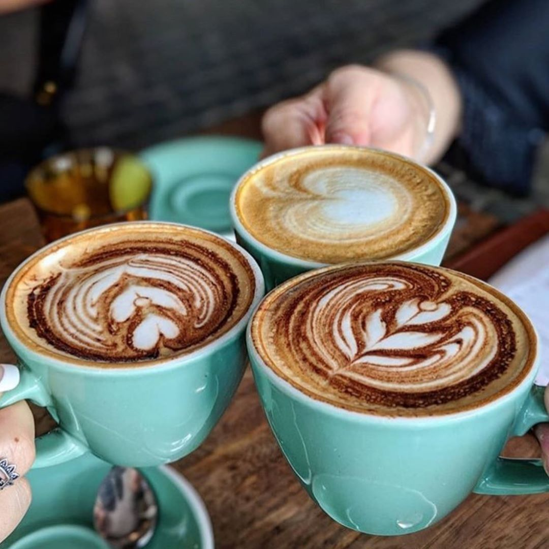 HUMPDAY done right with friends coffee and COME. SIT