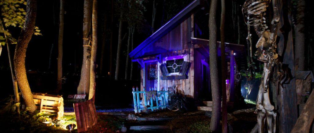 Blue Moon Risingorg - Eco-Tourism at Deep Creek Lake, MD - Cabin - halloween decoration rentals