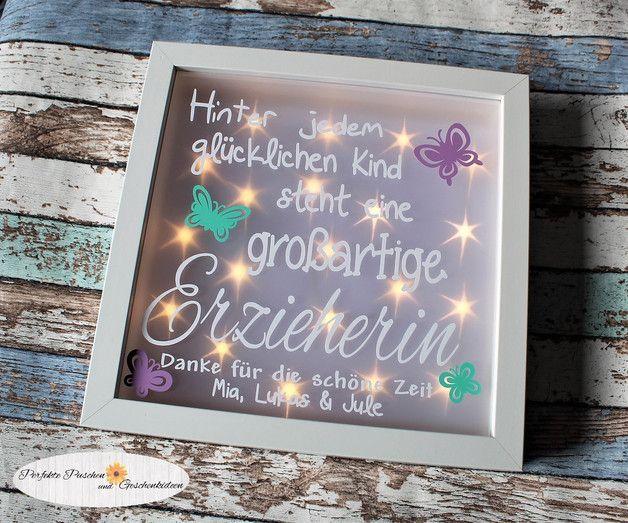 Bilderrahmen beleuchtet Erzieherin Kindergarten - Danksagungskarten - Schule & Kindergarten - Mit Liebe handgemacht in Herscheid, Deutschland von Perfekte Puschen und Geschenkideen | Für eine großartige Erzieherin (oder auch für eine Tagesmutter oder den Kindergarten abwandelbar... |