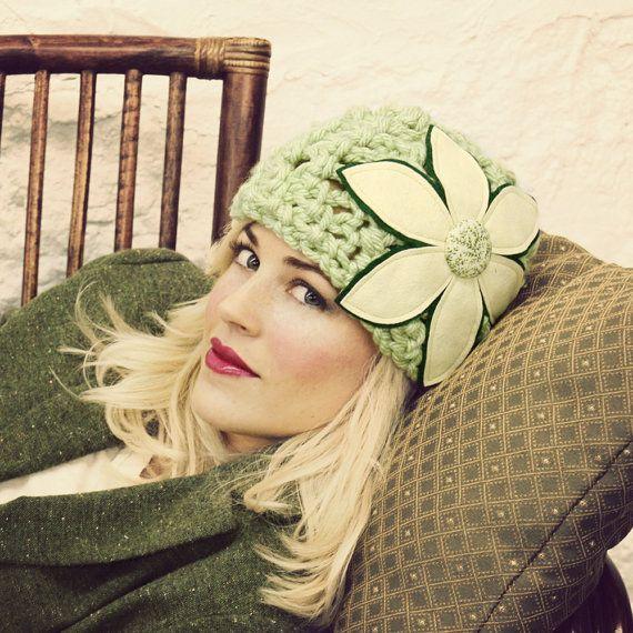 Vert menthe feutre Cloche fleur chapeau - prêt à être expédier