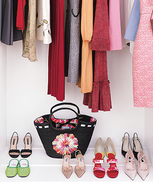 Wonderful 12 Secrets Of Closet Pros