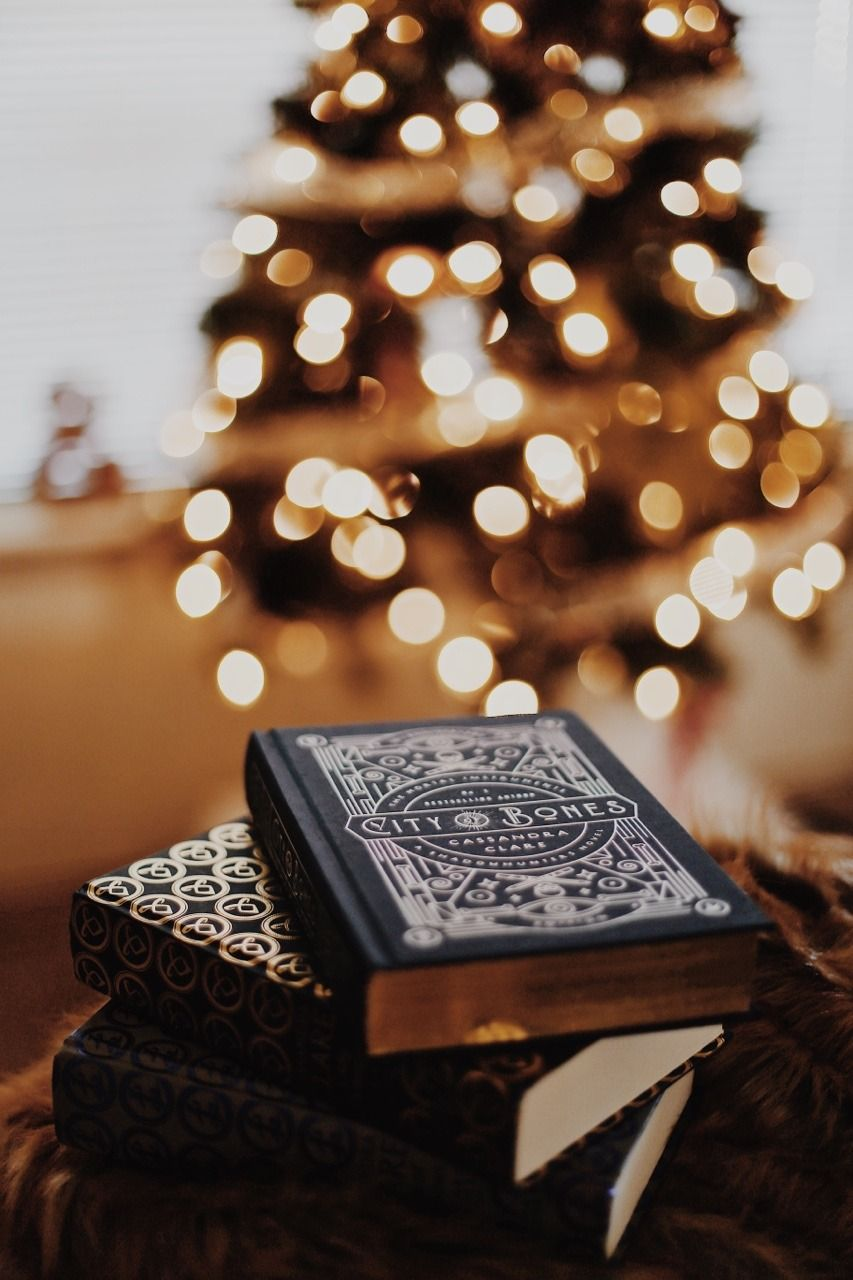 Oh Thebookfeels A Very Merry Bookish Christmas Books By Cassandraclare Bookstagram Face Christmas Photography Christmas Reading Bookstagram Inspiration