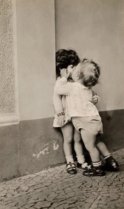 Porque o ato de beijar alguém que amamos é único! Dani Cabo