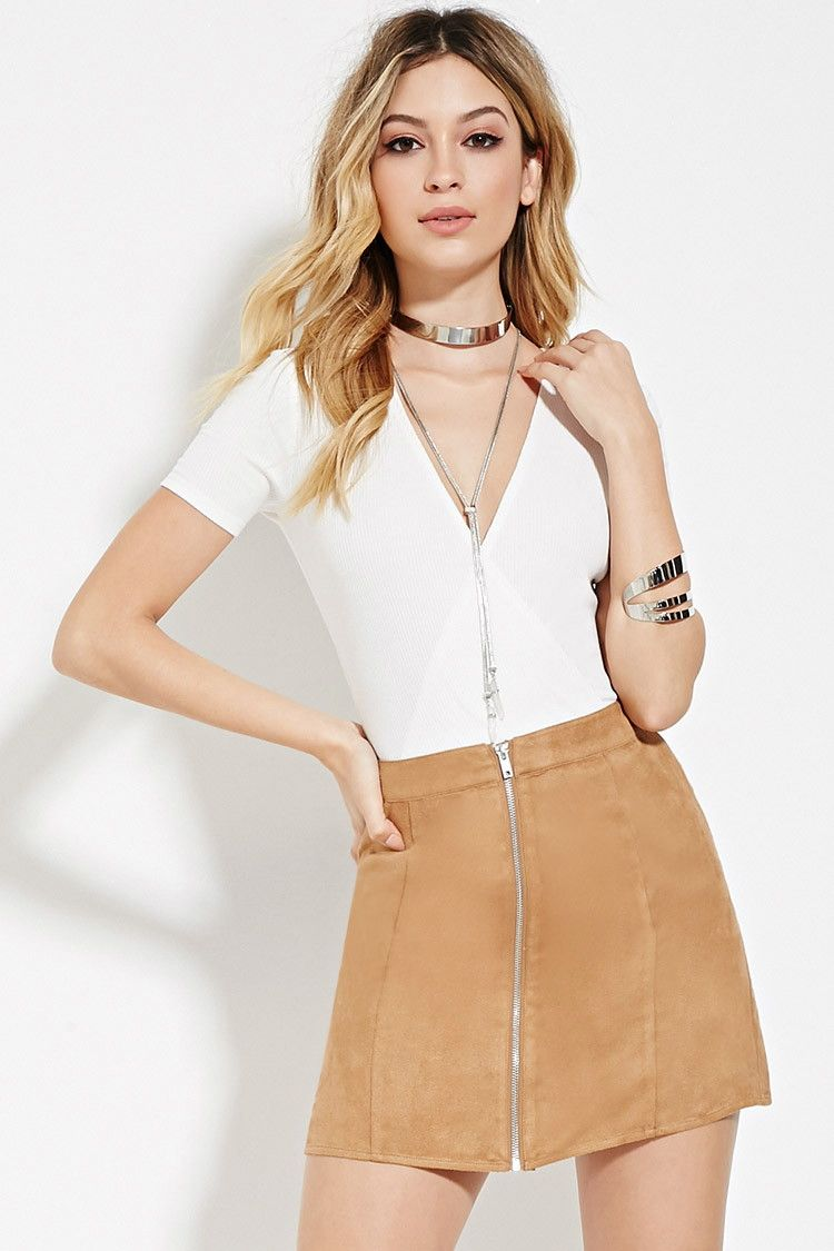 2019 year for women- Trend the shop the v front skirt