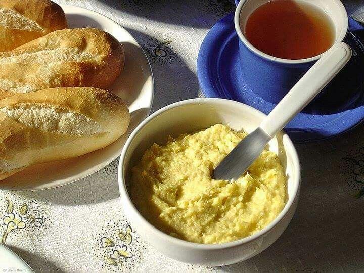 """""""Manteiga"""" de Milho  Uma ótima opção para complementar o lanche. Confira como preparar http://bit.ly/21SEzkr  Direto do Cantinho Vegetariano"""