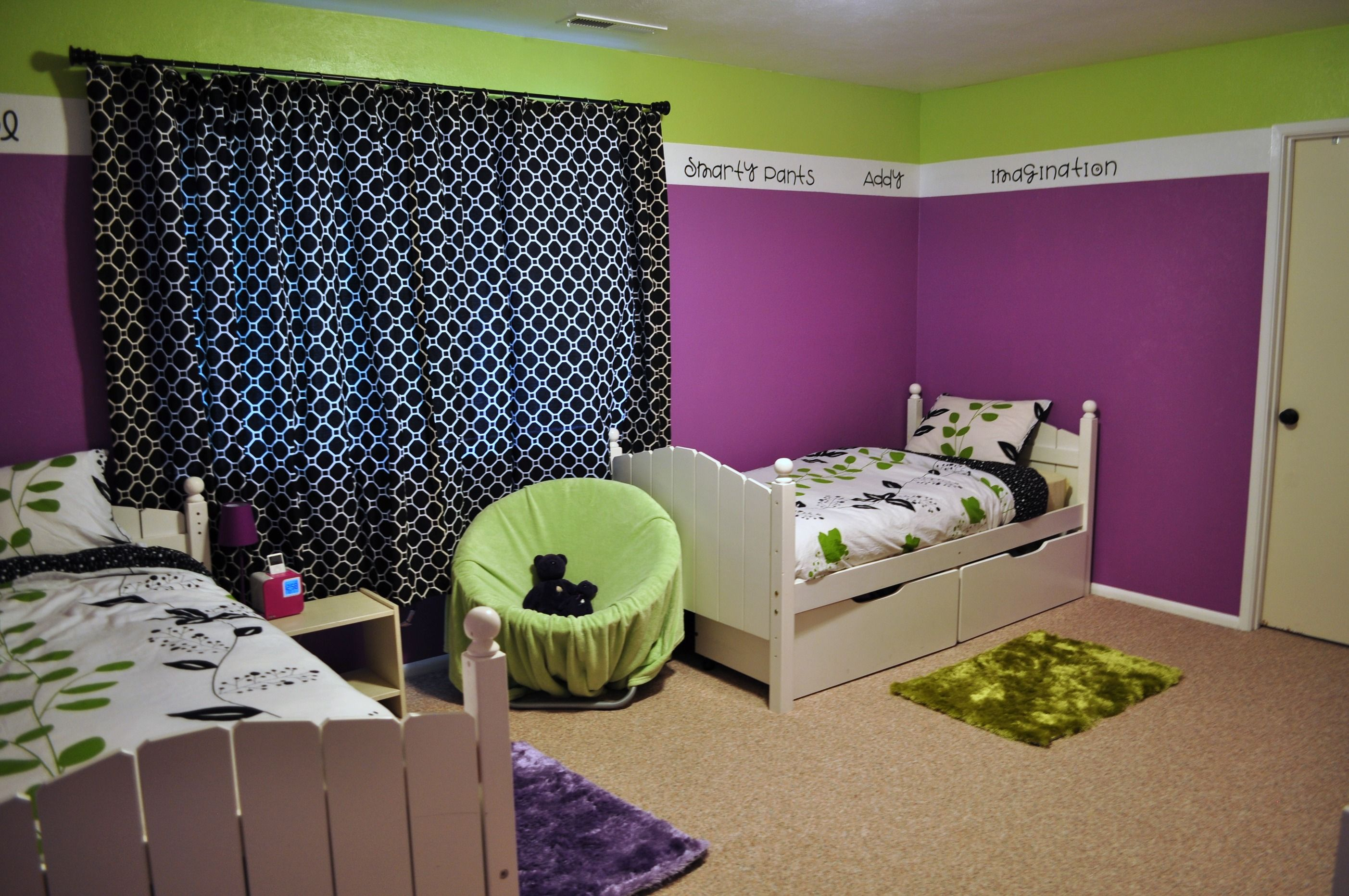 Purplr And Green Playroom Green Bedroom Walls Tween Bedroom