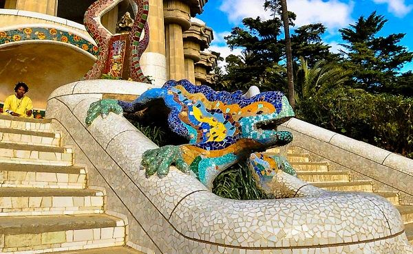 Mosaic dragon fountain Park Güell. Iconic Gaudi sight. More in our personal guide