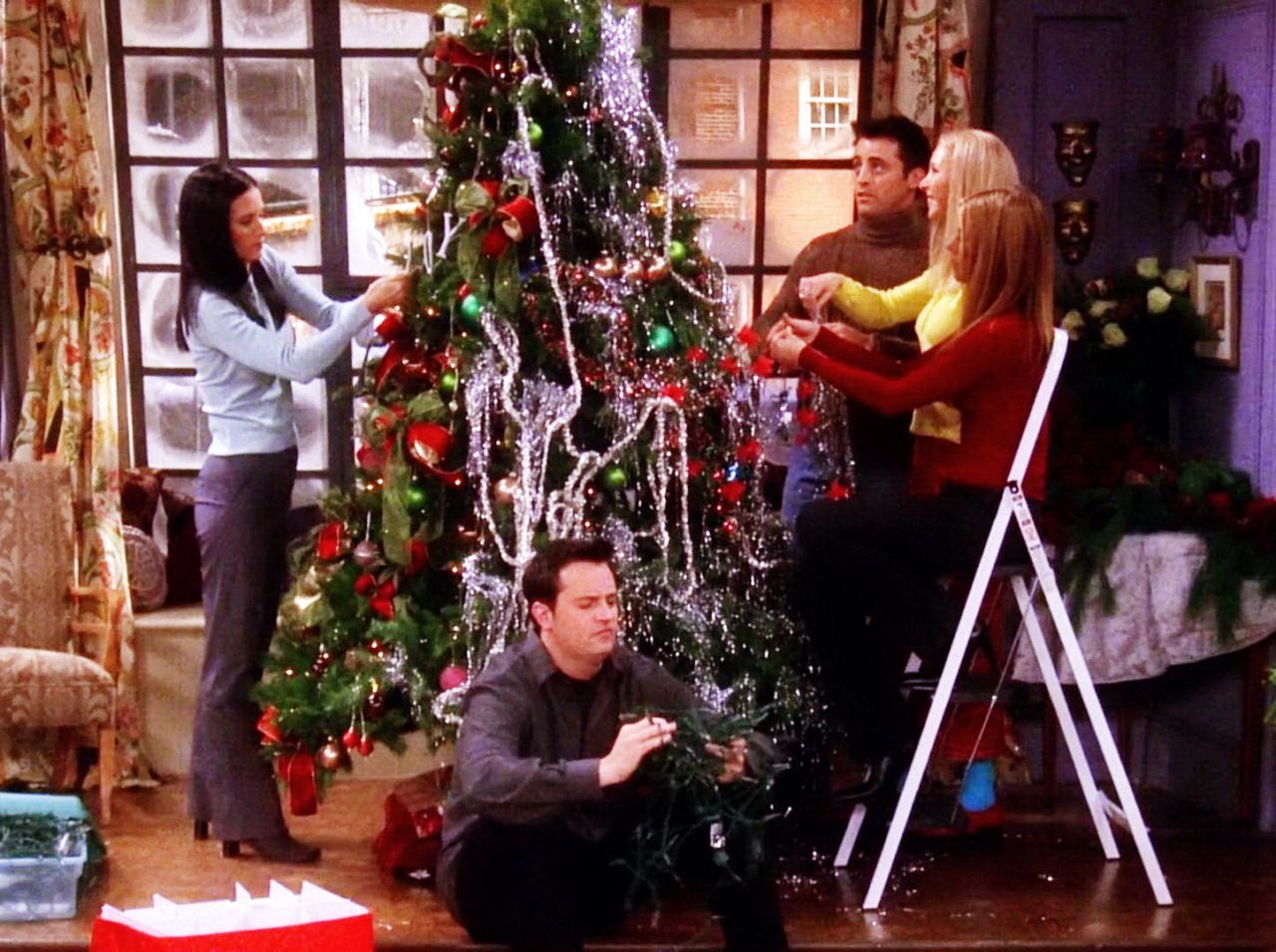 How You Doin In 2020 Friends Christmas Episode Christmas Episodes Friends Tv