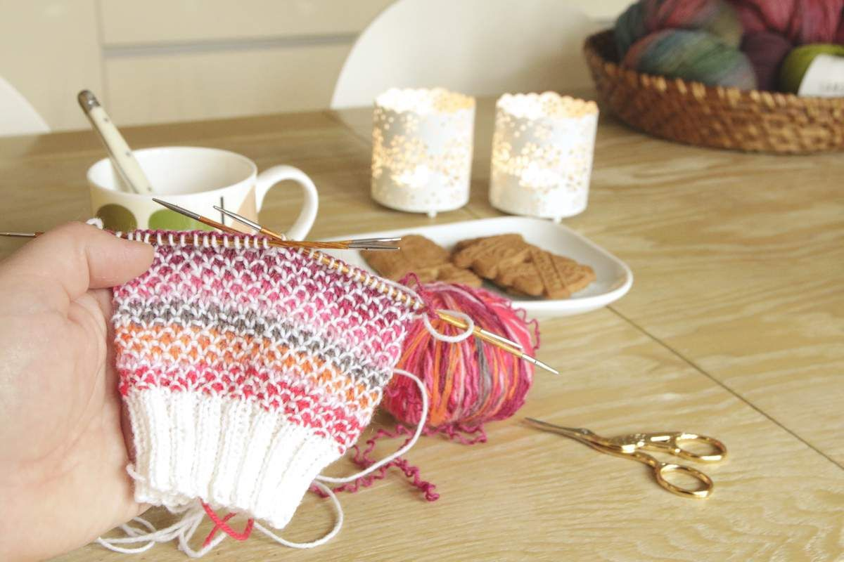 Photo of Im Blog zeige ich Ihnen die Anleitung für den Broken Seed Stitch – eine sehr einfache …