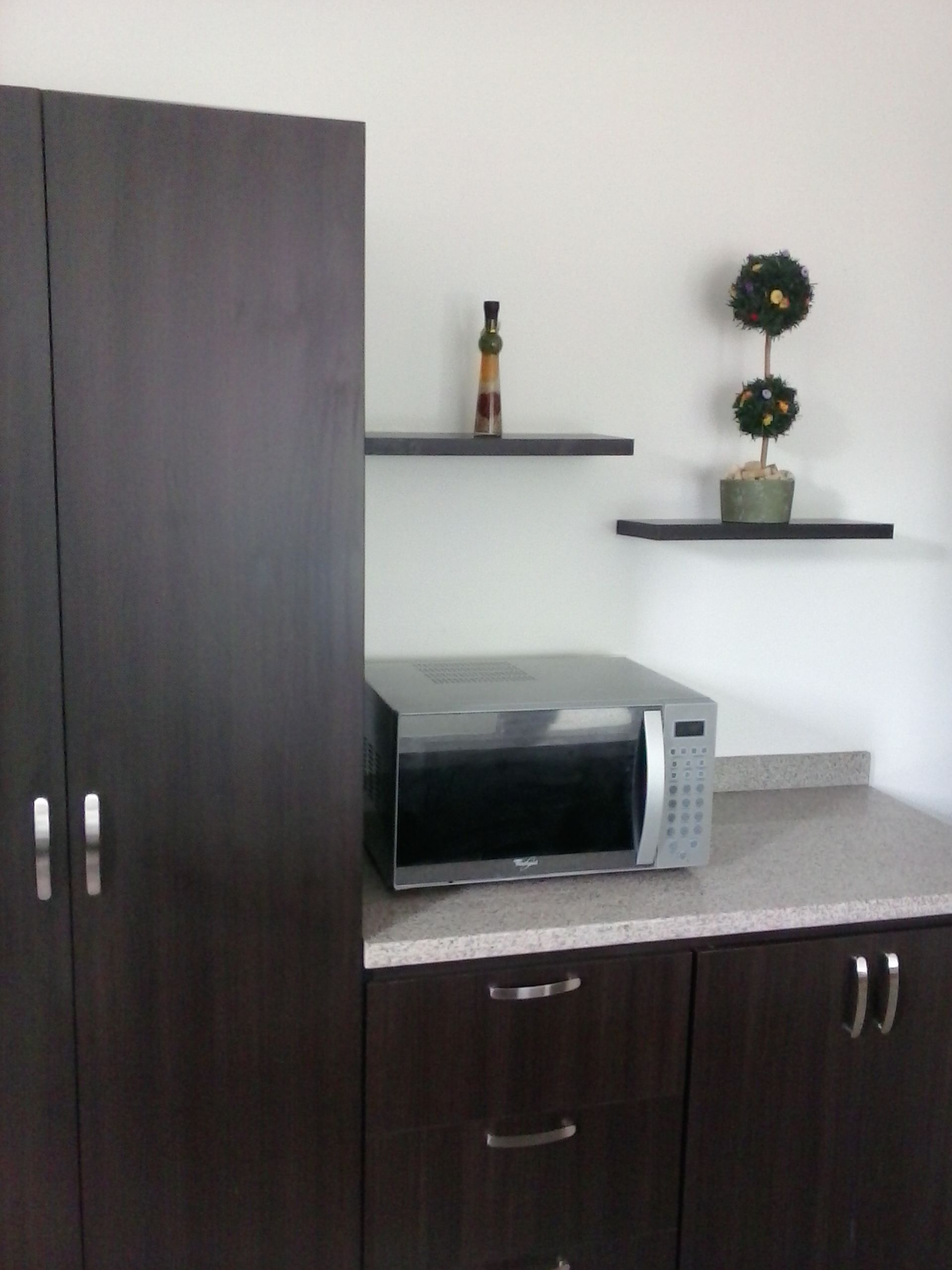 Fabricado por c g arte y decoracion en madecor 15 mm for Cocinas integrales armables