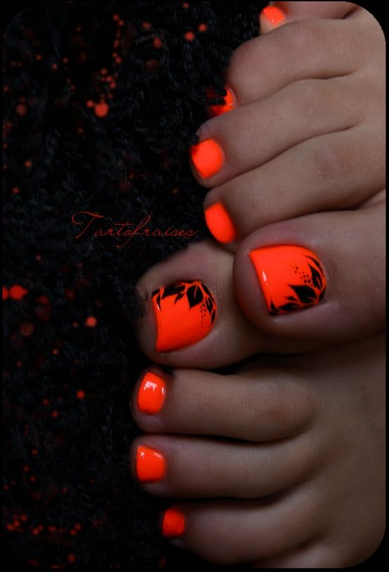 Rock a neon orange with something black on 'em for a Halloween pedi. Fast 'n easy!