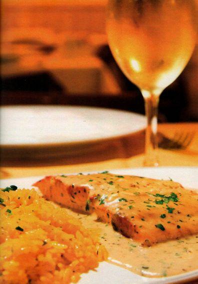 Flavors of Brazil: RECIPE - Salmon with Turmeric Rice (Salmão com Arroz de Açafrão-da-terra)