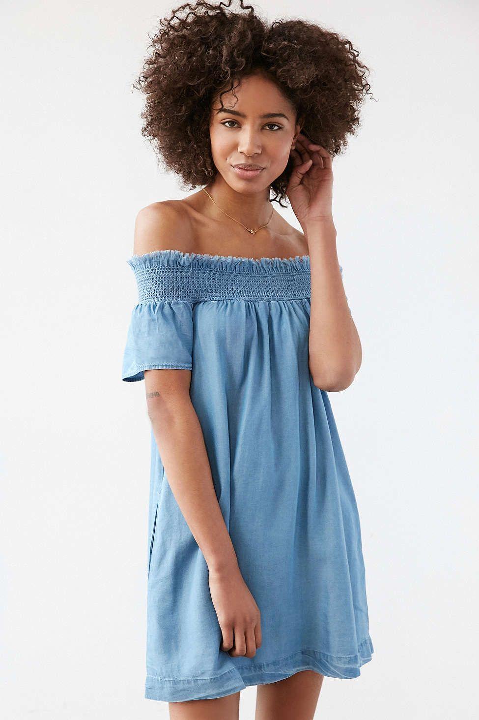 Alice & UO Hermione Denim Off-The-Shoulder Mini Dress | Urban ...