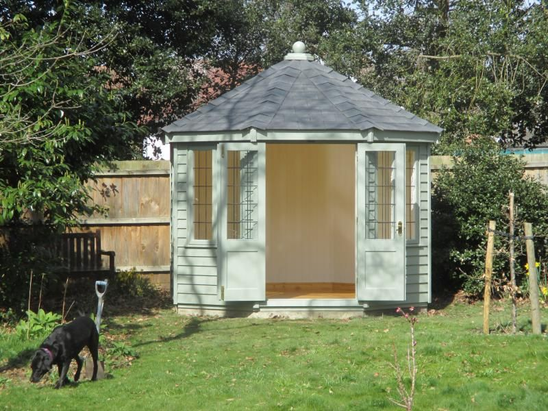wiveton summerhouse with lacquered floor this hexagonal wiveton summerhouse in harlow essex is a beautiful