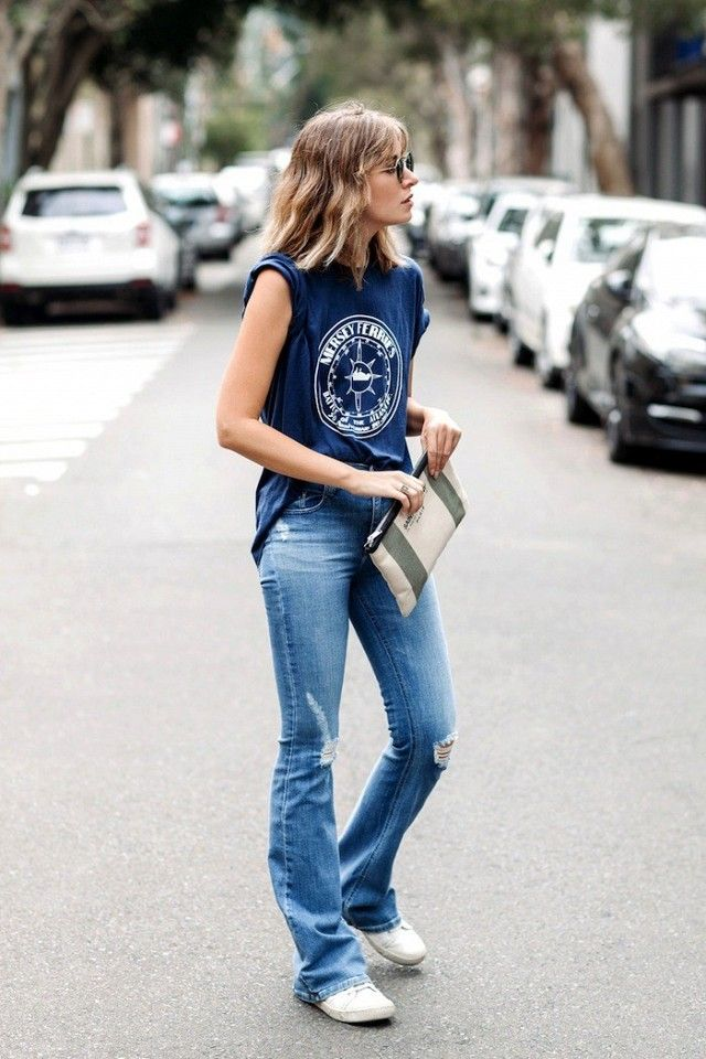 Would You Wear Flared Jeans With Sneakers Style