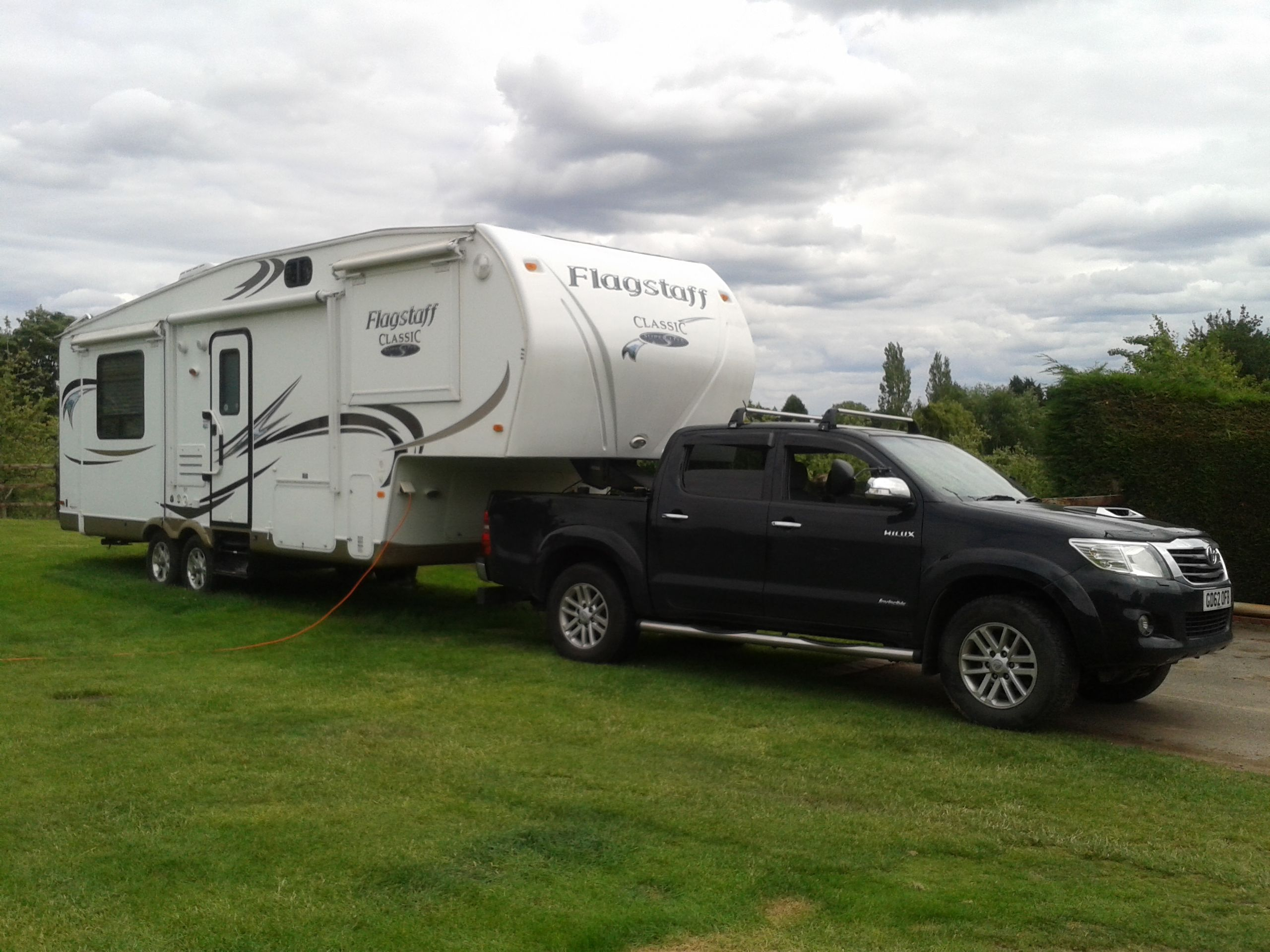 My 2013 hilux upgraded to 3 5 tonne tow capacity pulling our 4 tonne 5th wheel