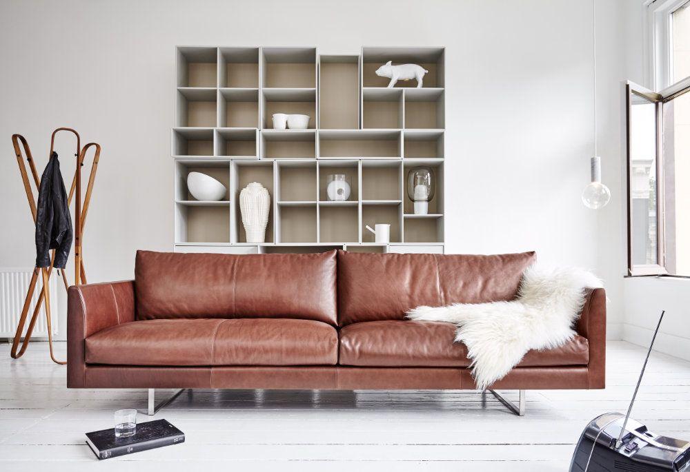 Bruin Leren Design Bank.Bruine Lederen Bank In Witte Woonkamer Woonkamer