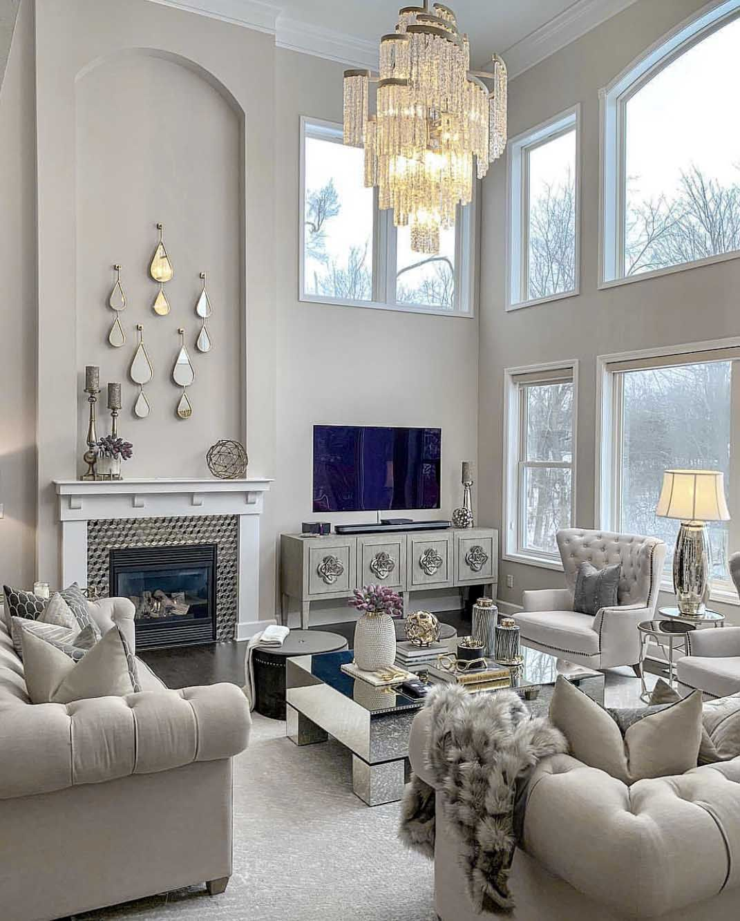 33 Beige Living Room Ideas: Elegant Transitional Style Beige Living Room Decor With