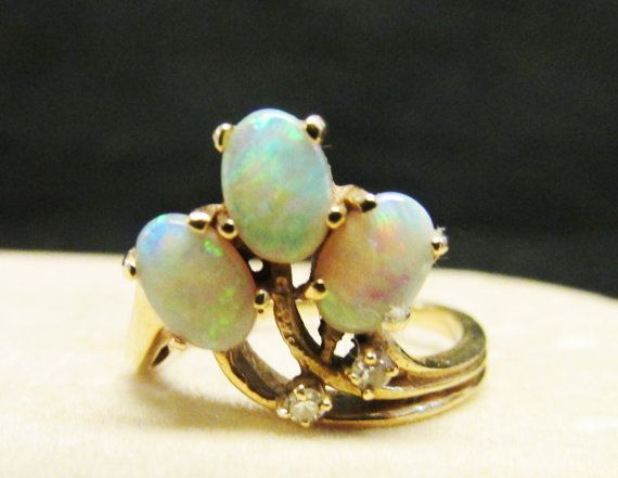 Vintage Estate 14K 3 Natural Opal Stone with  by Alohamemorabilia
