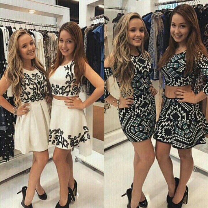 0dbc22040ae38 Esse foram os Looks que eu achei mais bonitos! Larissa Manoela e Mharessa  Fernandes