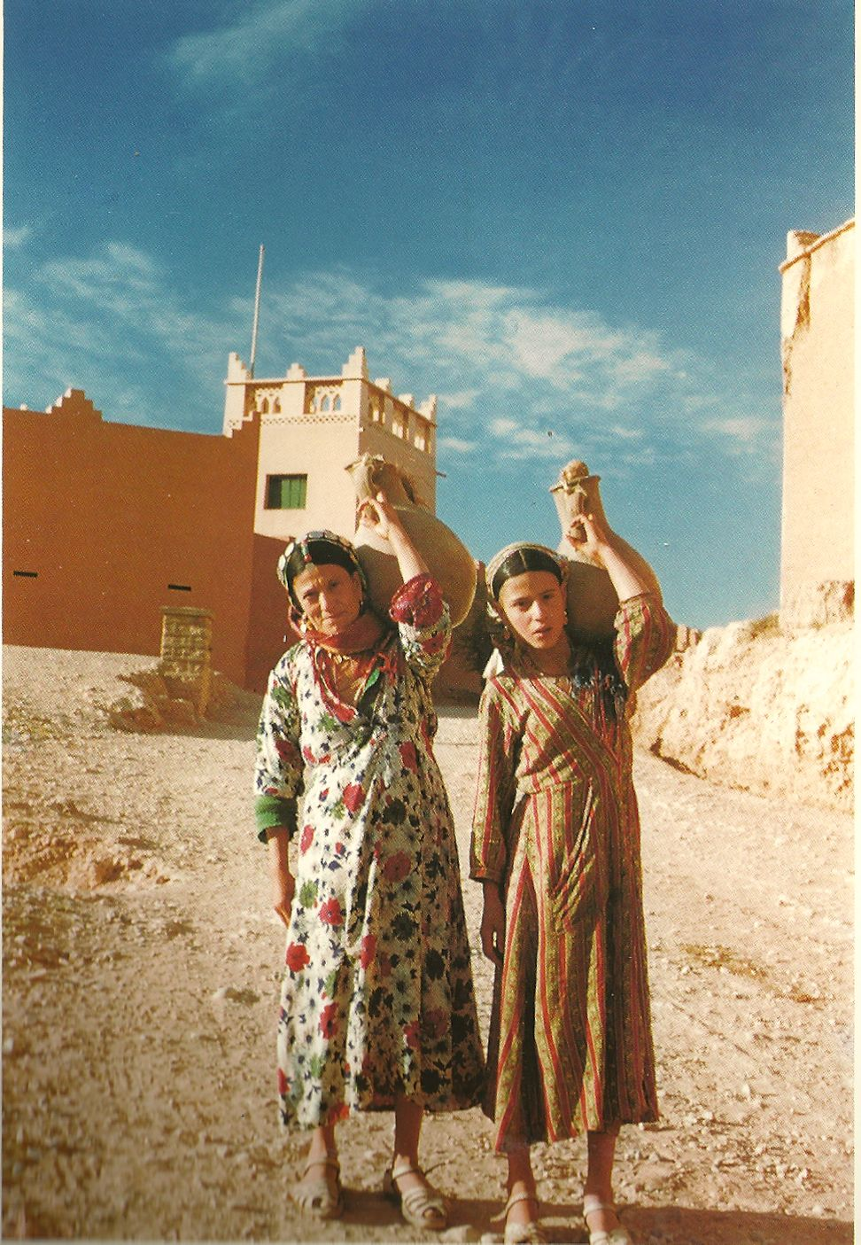 Httpwww Overlordsofchaos Comhtmlorigin Of The Word Jew Html: 1958. Tineghir, Todra Valley. Jewish Women Carrying Water